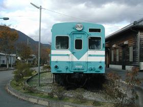 鍛冶屋駅キハ30