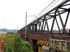 南側から現新第3加古川橋梁