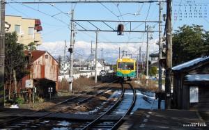 2011年2月カレンダー付き壁紙富山地鉄