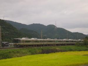 223系6000番台快速福知山行き