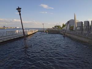 被災当時の神戸港を保存している箇所