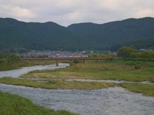 篠山川と滝の音電車の音