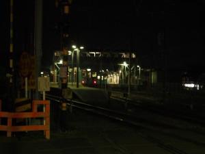 始発前の西脇市駅