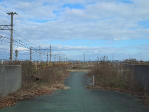 高砂線加古川橋梁跡を望む