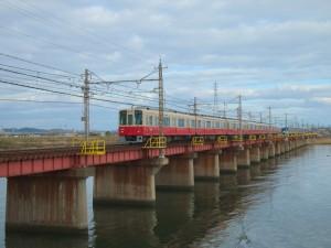 阪神8000系8235Fと山陽5000系5020F