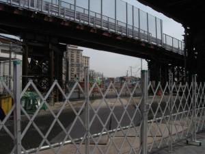 2号線交差付近から明石川橋梁方向を望む