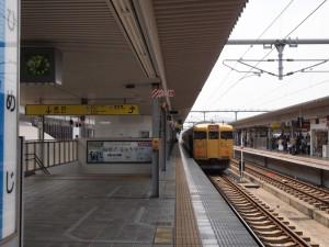 末期色113系姫路駅発播州赤穂行き