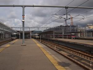 姫路駅構内キハ189系はまかぜ221系普通223系回送