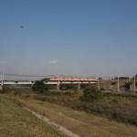 加古川を渡る神鉄1100系1107F