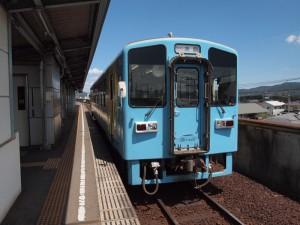 水島駅MRT300形