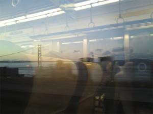 日の出前の明石海峡