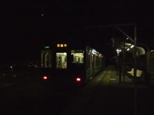 出発を待つ加古川線2334S