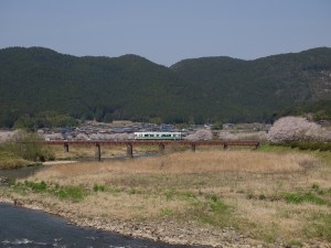 加古川線篠山川橋梁と桜2013年4月4日