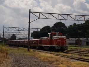 西濃鉄道1025列車