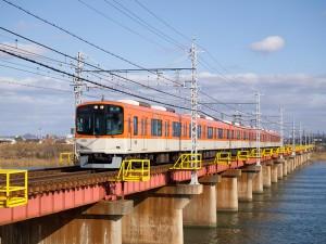 加古川を渡る阪神9300系直特