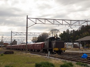 DD403牽引返空貨物