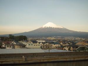 こだま661号から見た富士山