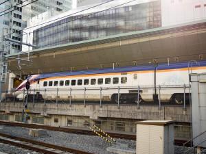 山形新幹線E3新塗装