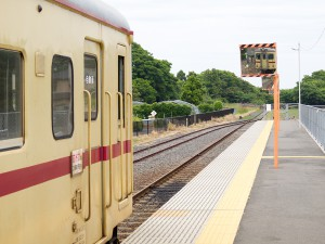 阿字ヶ浦駅構内と線路の果て