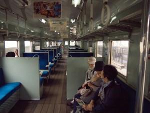 キハ2004車内