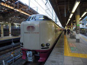 東京駅にてサンライズ瀬戸